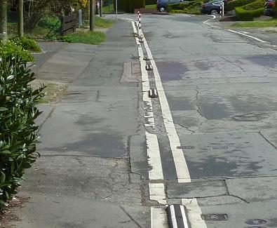 Der Gehweg am Böhler Weg
