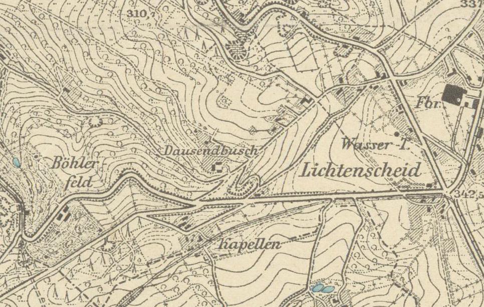 Messtischblatt Barmen, Ausgabe 1907. Anstelle der Anschüttungen ist noch der alte Steinbruch und der Weg hindurch zu erkennen.